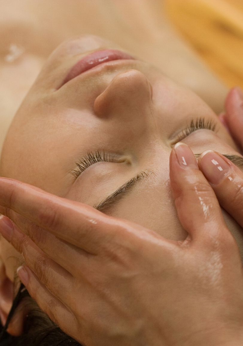 Hautpflege, Hautanamnese, Lifting, Couperose,